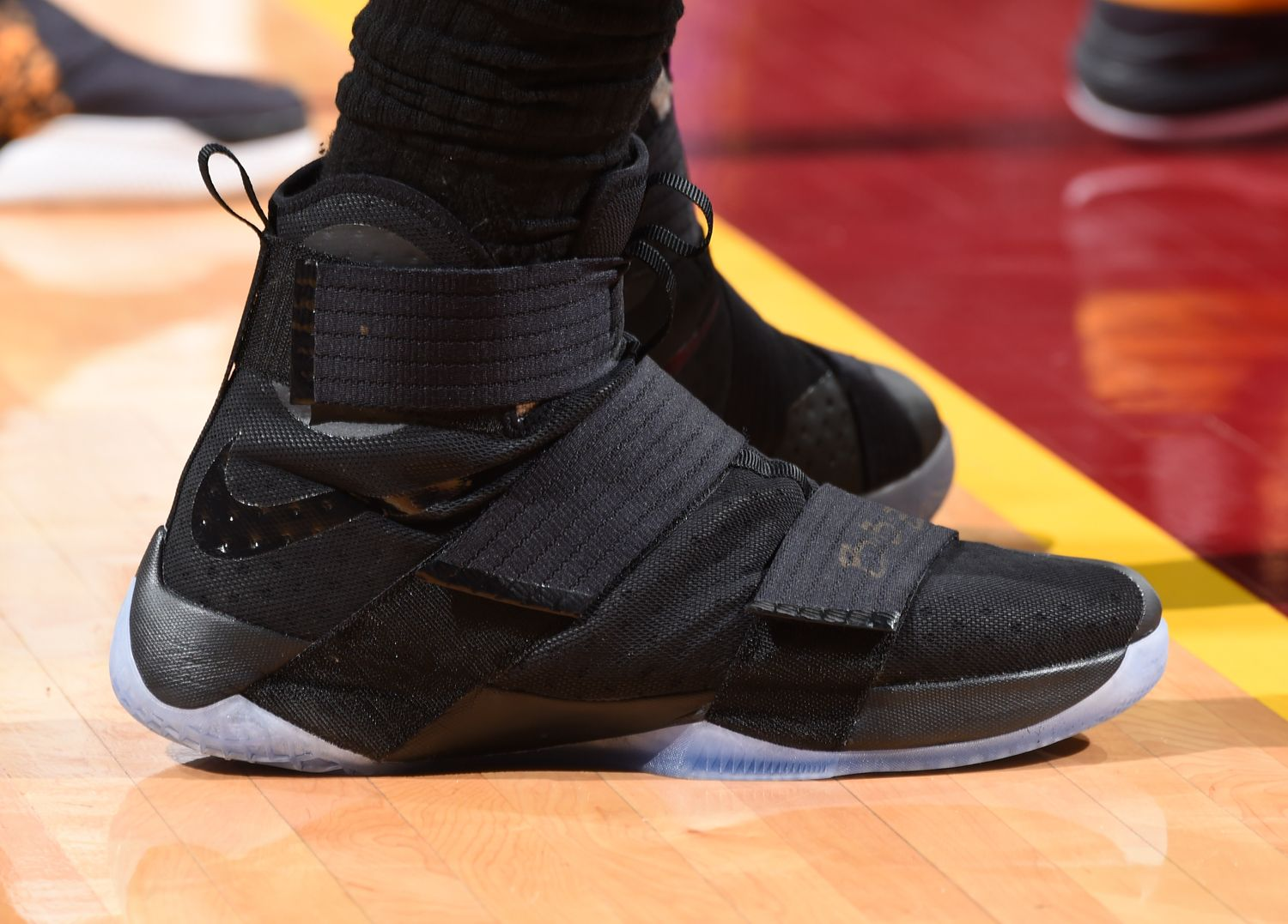 c4f23110077 CLEVELAND, OH - JUNE 8: The shoes of LeBron James #23 of the Cleveland  Cavaliers are seen against the Golden State Warriors during Game Three of  the 2016 ...