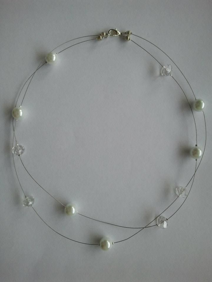 Pearl and crystal wire necklace