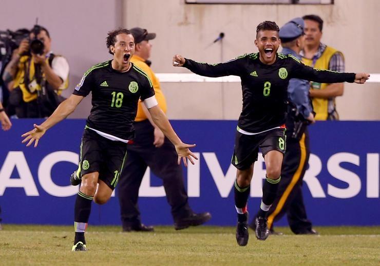 Andrés Guardado, Jonathan dos Santos, Mexico Cup final