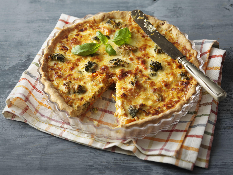 Mehevä kasvispiirakka ilahduttaa ruokailijoita. http://www.valio.fi/reseptit/syyssadon-piiras/ #resepti #ruoka