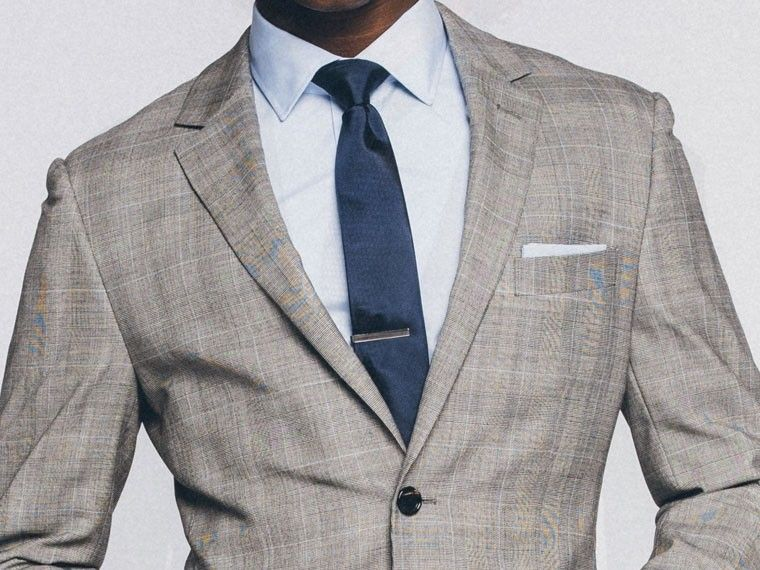 Essential Gray Prince of Wales Suit 1