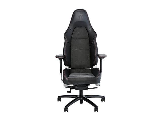 Porsche produce un scaun de birou inspirat de confortul din automobilele sale