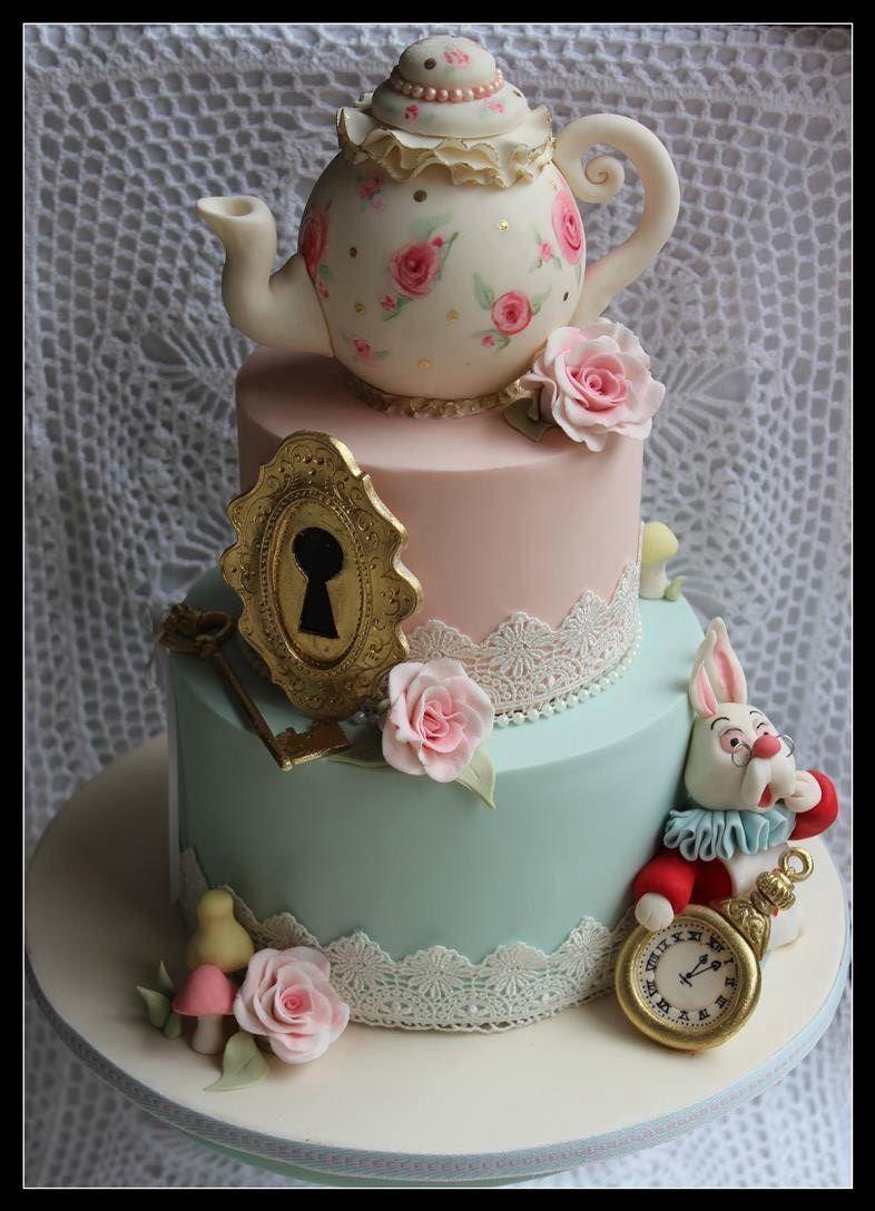 Alice in wonderland cake | Alice in wonderland cakes, Mad ...