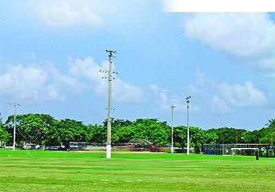 Miami Lakes Optimist Park Different Sport Activities Including Football Baseball Recreational Parks Miami Lakes Lake