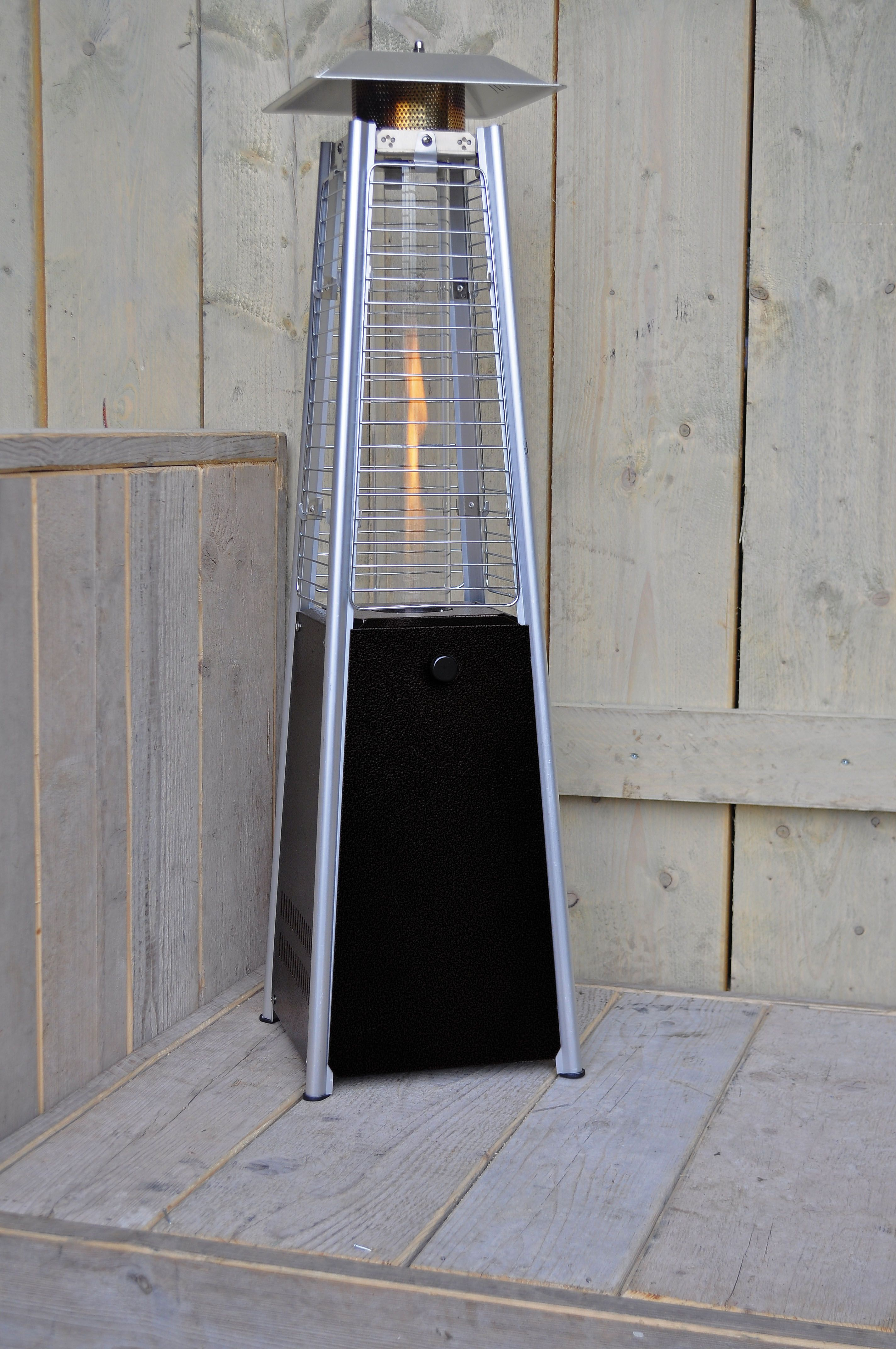 verl ngern sie die tage abende auf ihrer terrasse oder balkon mit unserem heizstrahler dieses. Black Bedroom Furniture Sets. Home Design Ideas