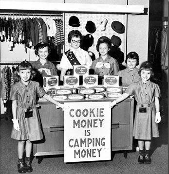 girl scout cookies were introduced in 1922
