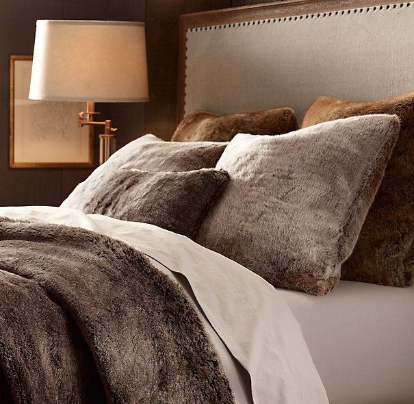 Luxe Faux Fur Pillows Mink Comfortable Bedroom Bed Spreads Home