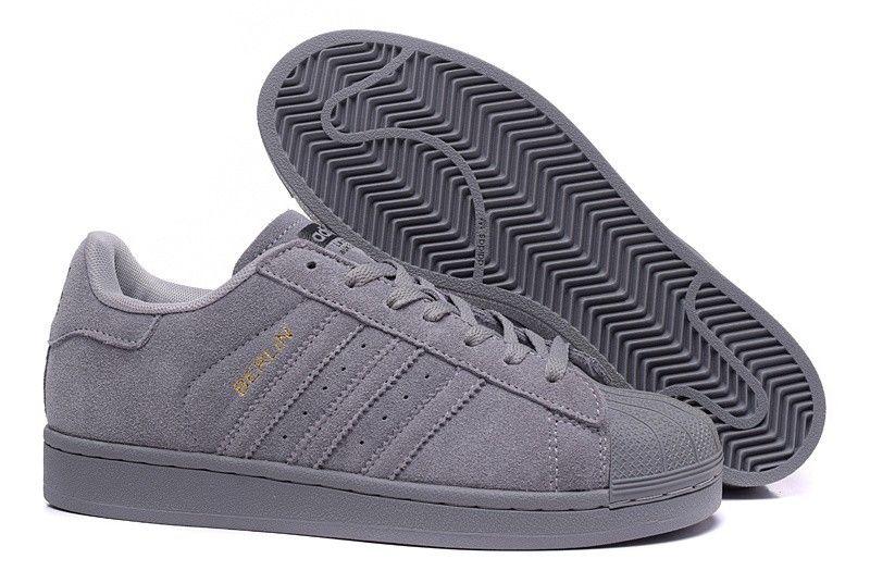 size 40 ed6ad b88ca Adidas Superstar originales zapatillas de deporte del ante de las mujeres  Gris