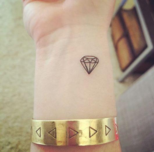 16 Tattoo diamante significado