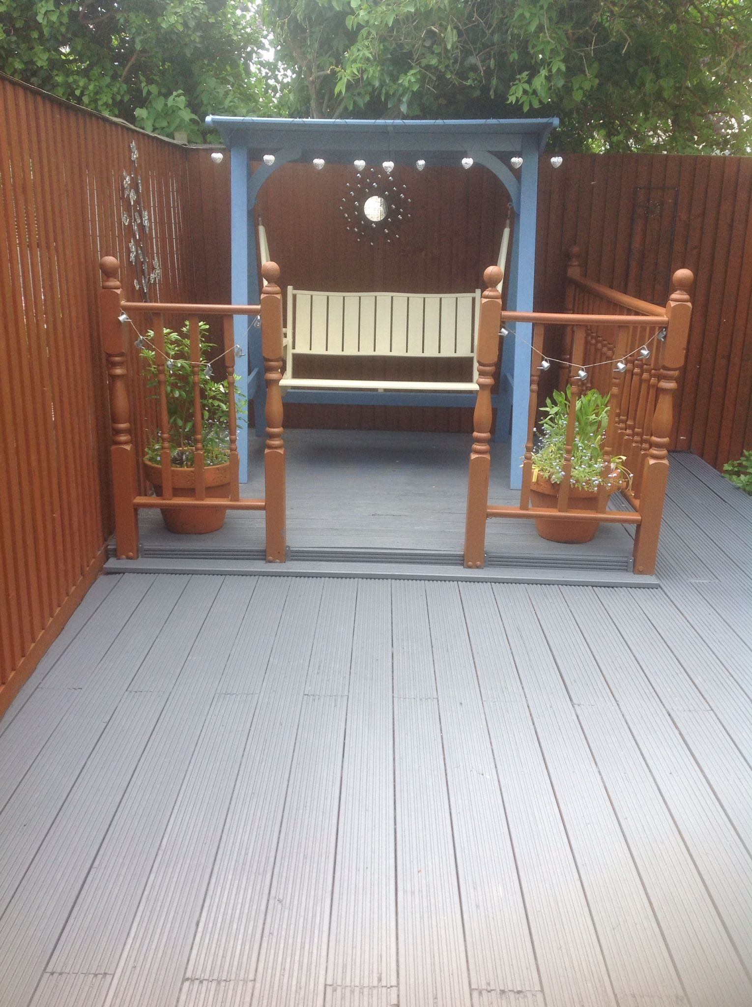 Fence Painted In Ronseal Medium Oak Seat In Cuprinol