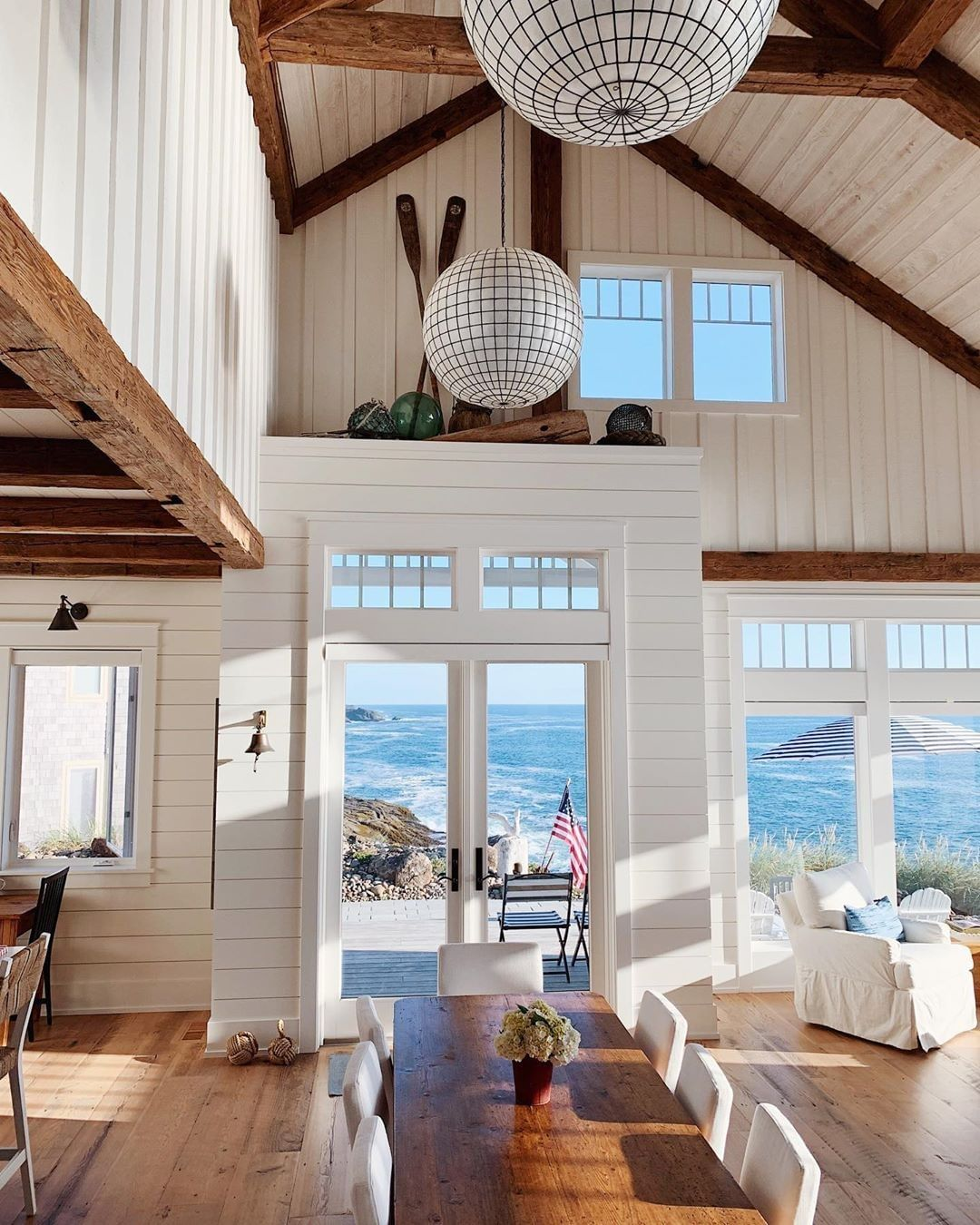 Design Home On Instagram Darlingiloveit We Love It This Gorgeous Beach Home Makes Us Wish We Were Still In Weeken Home Beautiful Beach Houses House Design