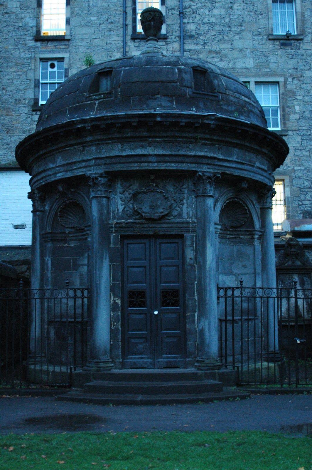 34++ Black mausoleum ideas