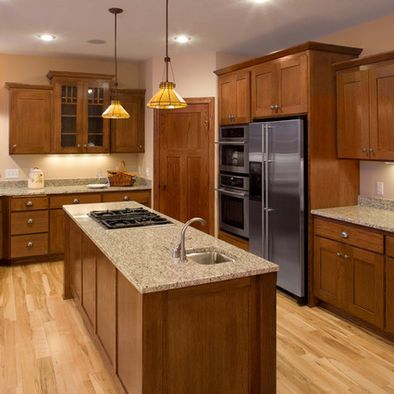 Pin By Maureen Dowdy On For The Home Kitchen Design Oak Kitchen Cabinets Kitchen Remodel
