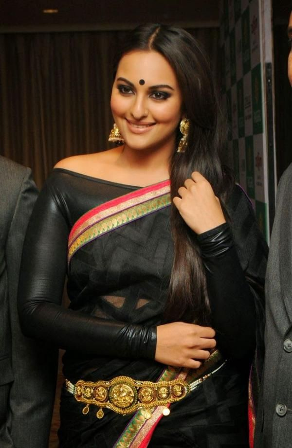 20 Photos Of Sonakshi Sinha In Sarees Looking Elegant And Ethereal
