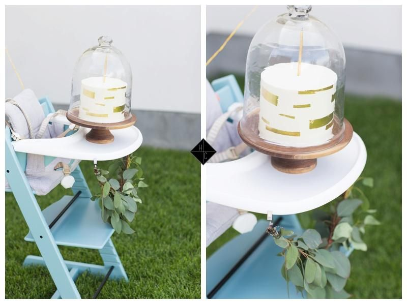 Gold theme first birthday party for baby with Stokke Tripp Trapp high chair in aqua via Haizel Creations Blog