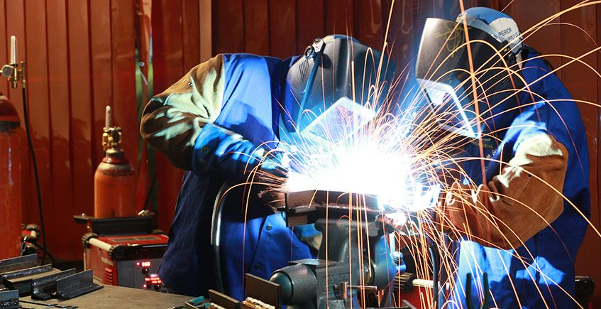TIG Welder 101 Salary Averages Job Requirements & All Our
