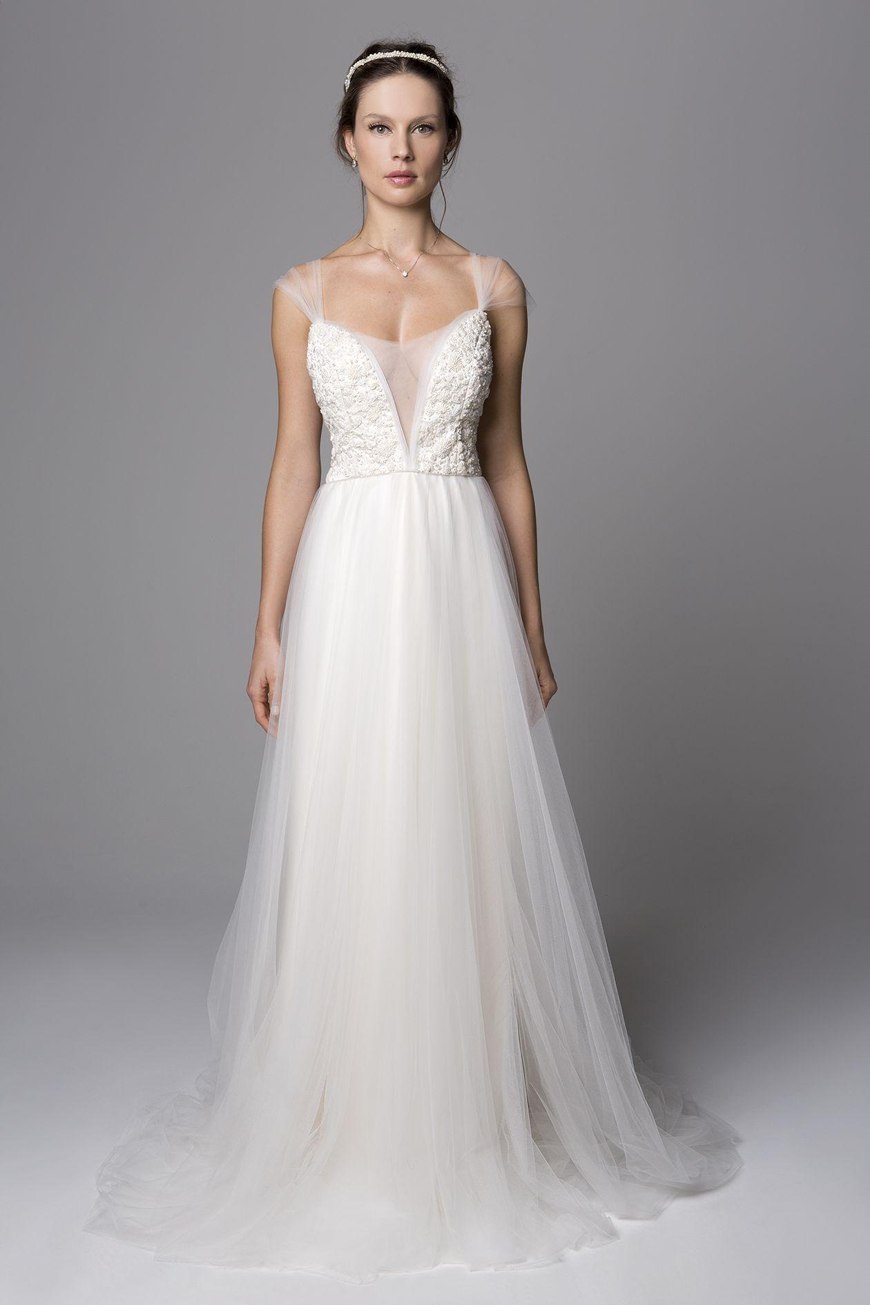 8474d3304 Vestido de noiva - Nouveau por Giselle Nasser: Vestido Brida em tule e  cetim de seda bordado. Noiva romântica, casamento no campo, casamento  rústico, ...