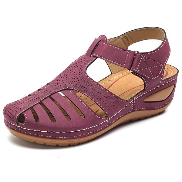 Comfy Wedge Sandals - Maroon / 6