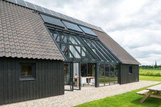 Duurzame schuurwoning in het twentsche buitengebied te for Huizen architectuur