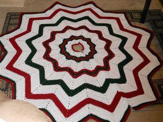 Free Crochet Patterns Free Crochet Christmas Tree Skirt Patterns