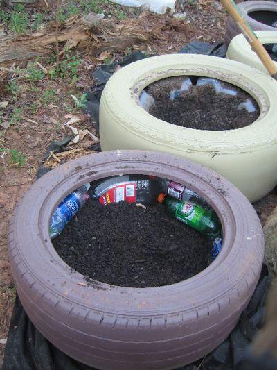 Tire Garden Used Plastic Bottles For Filler Tire