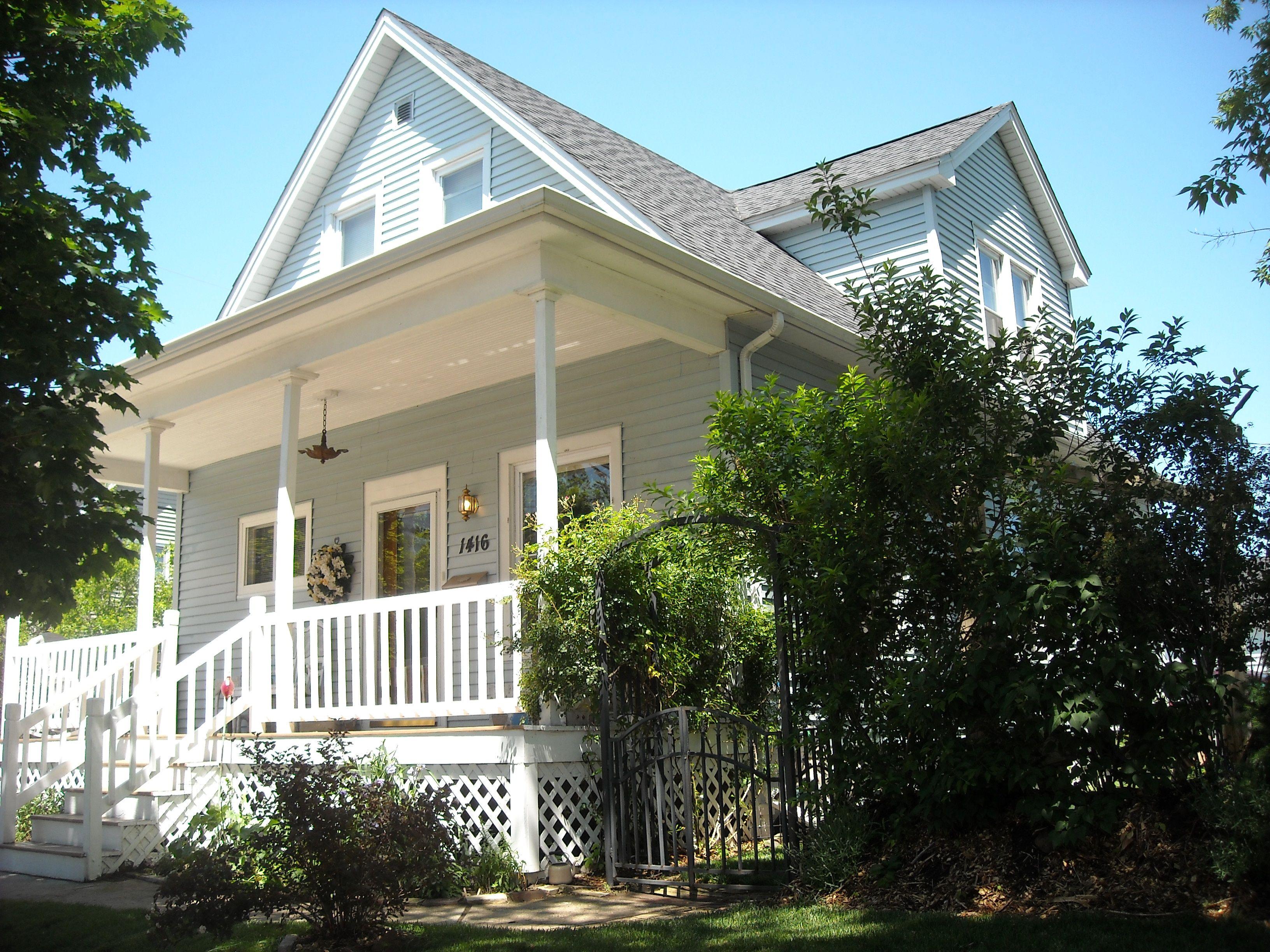for sale only $114,500. 3-4 bedrooms 2 baths updated  find mor info at sheboyganbyowner.com