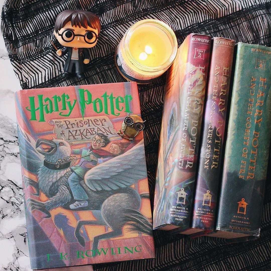 Which Harry Potter book is your favorite? I go back and forth between Prisoner of Azkaban and Goblet of Fire. But really I love them all!   Lovely photo by @sincerelysara22  Tag pics #frostbeardstudio to share!