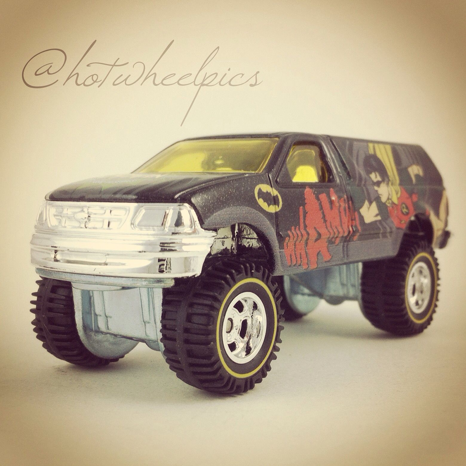 'Robin' Ford F-150 - 2015 Hot Wheels - Batman Pop Culture Series #hotwheels   #diecast   #toys   #Ford   #hwp2015pcbat