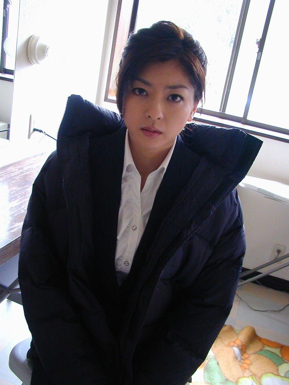 Watch Shinobu Nakayama video