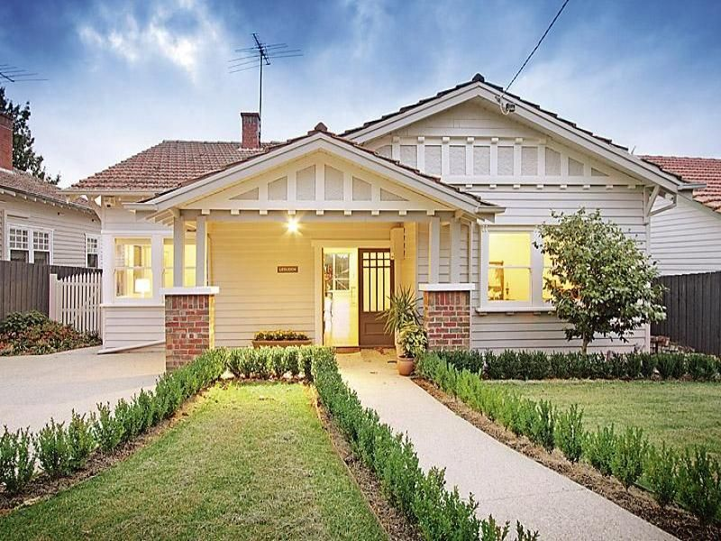 Awesome Californian Bungalow Facade Ideas: Red Tiles, Weatherboard And Brick. Nice  Paint Scheme.