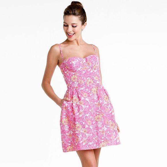 e4b5a0a2e8ac0c EUC Lilly Pulitzer Georgie Dress Chum Bucket EUC Lilly Pulitzer Georgie  Dress in Resort White Chum