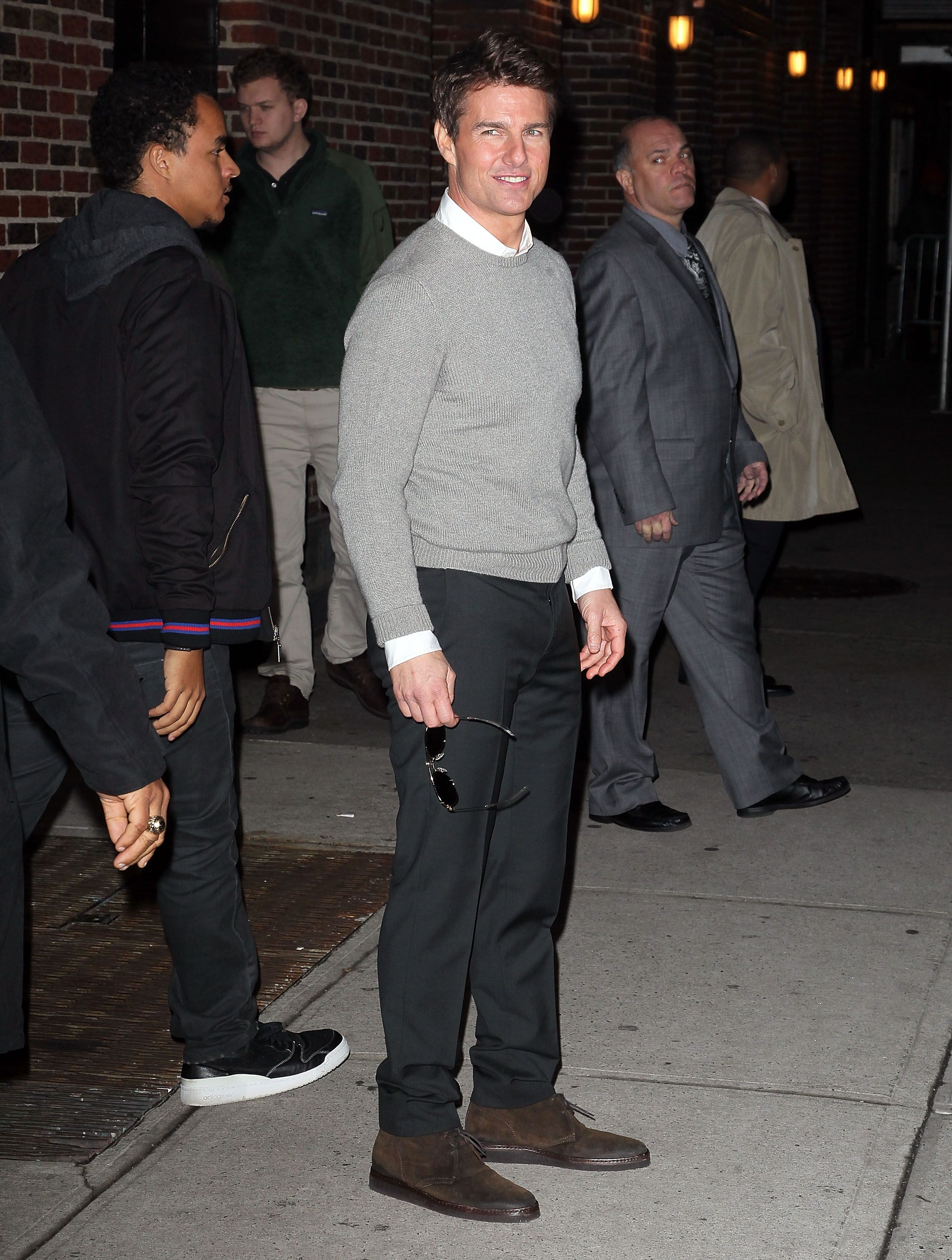 Tom Cruise wore a gray sweater and black pants. | ♡♡♡ Tom ...
