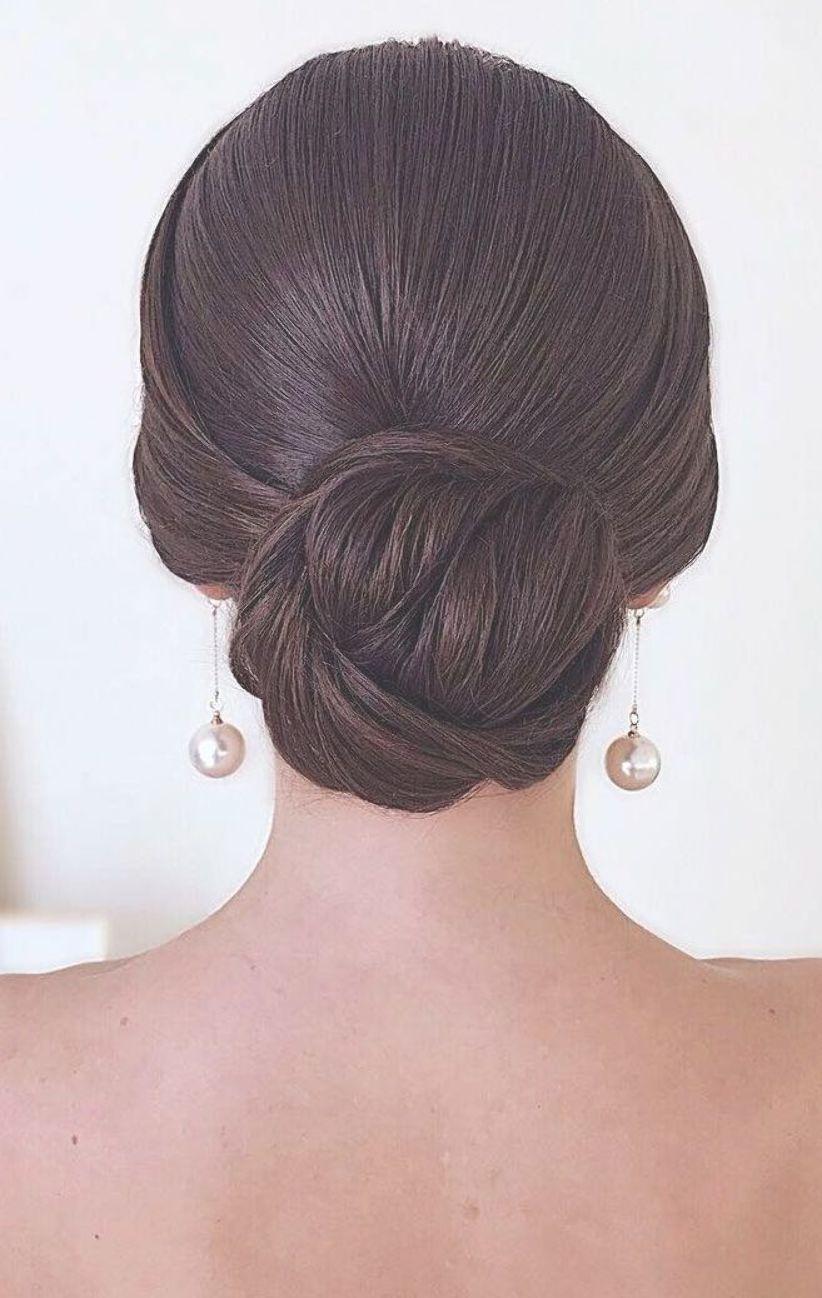 Classic Sleek Low Bun Updo Elegant Wedding Hairstyles Elegant Wedding Hairstyles Best Wedd Sleek Bun Hairstyles Low Bun Wedding Hair Classic Wedding Hair
