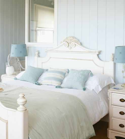 Cottage ♥ white & pastel blue bedroom | Beach house ...