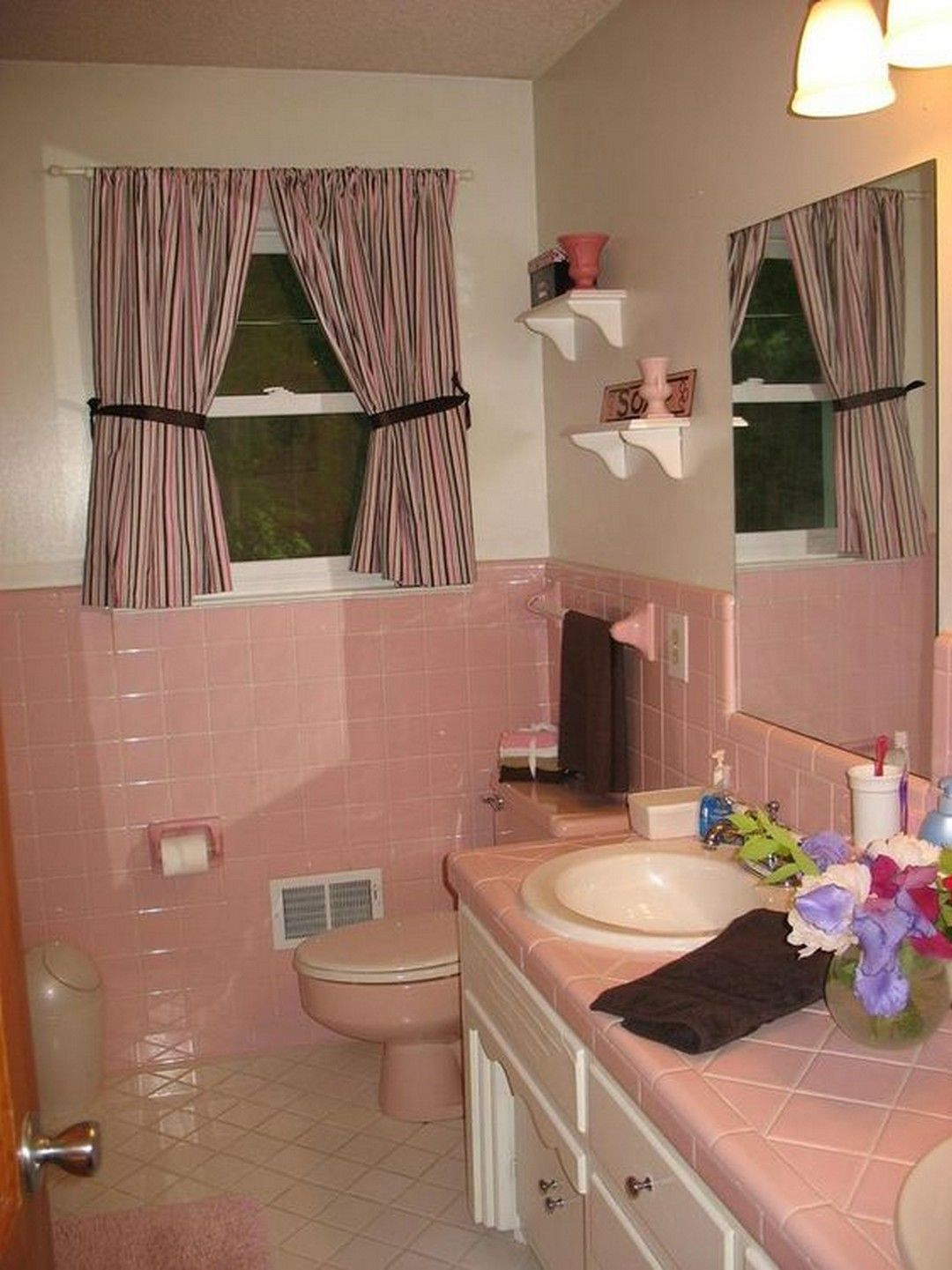 Pink and Brown Perfect Combination of Bathroom Designs you ...