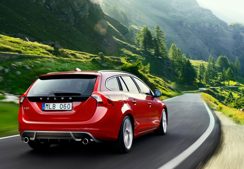 2015 volvo v60 plug in hybrid r design interior new and upcoming cars pinterest volvo v60 volvo and upcoming cars