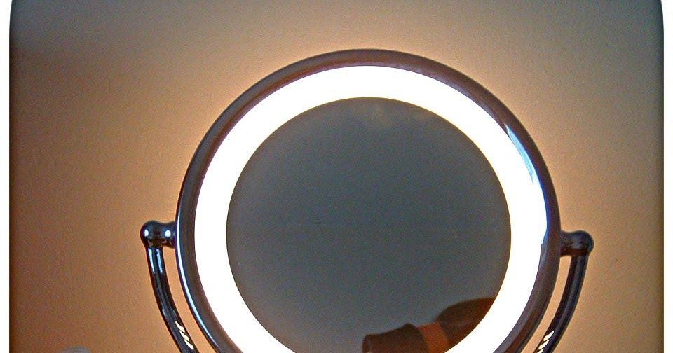 Soucit Kontaminovat Paine Gillic Revlon, How To Replace Bulb In Revlon Makeup Mirror