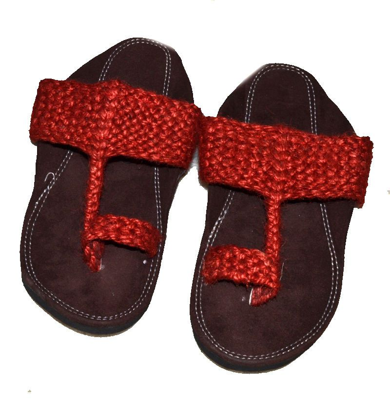 5d149168ee84 ETHNIC HANDMADE INDIAN DESIGNER MEN SLIPPERS FLIP-FLOP MOJARI SHOES KHUSSA   fashion  clothing  shoes  accessories  mensshoes  sandals (ebay link)