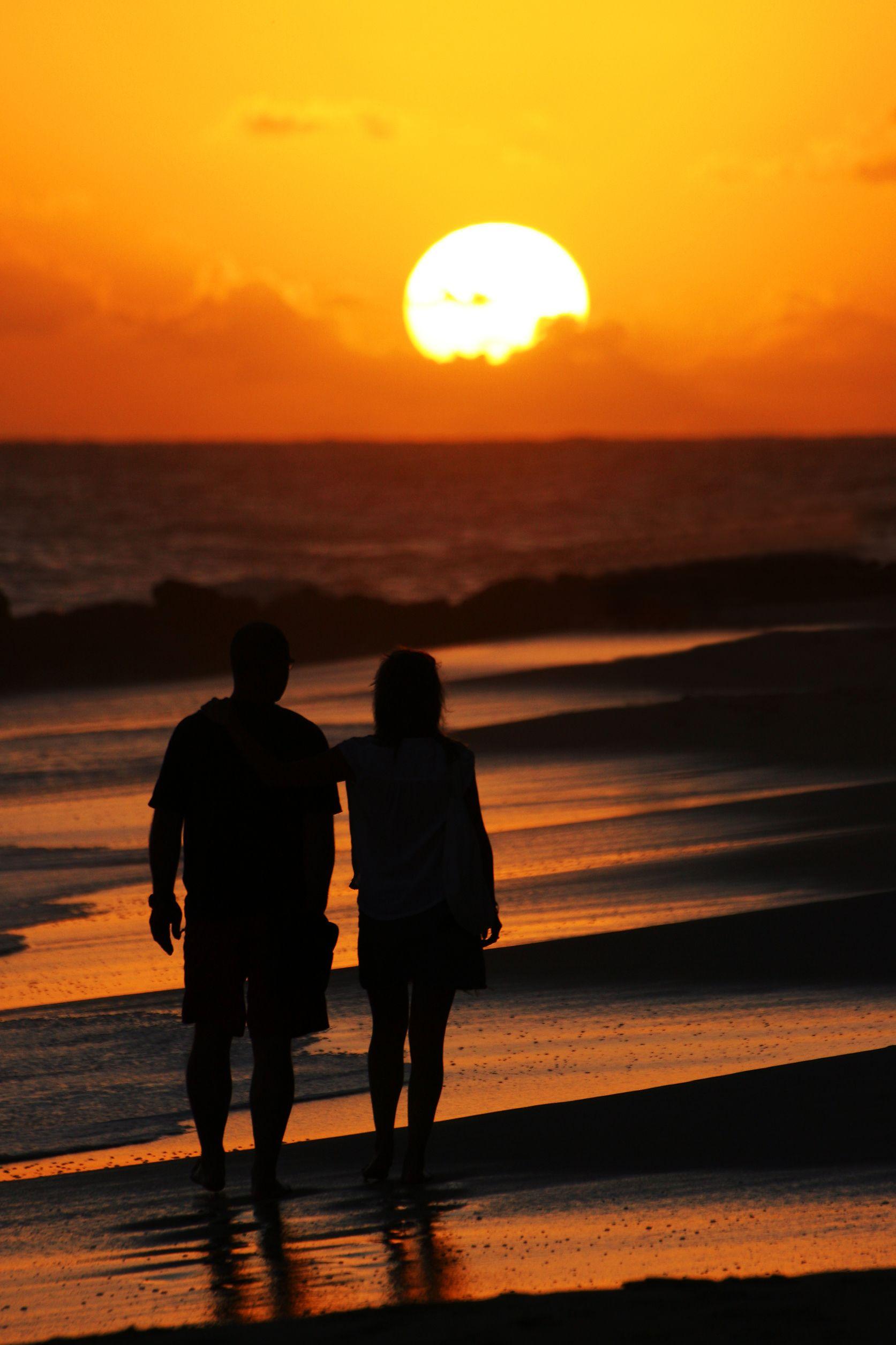 Sunrise beach wedding  O amor está sempre no ar em Barbados É o destino perfeito para lua