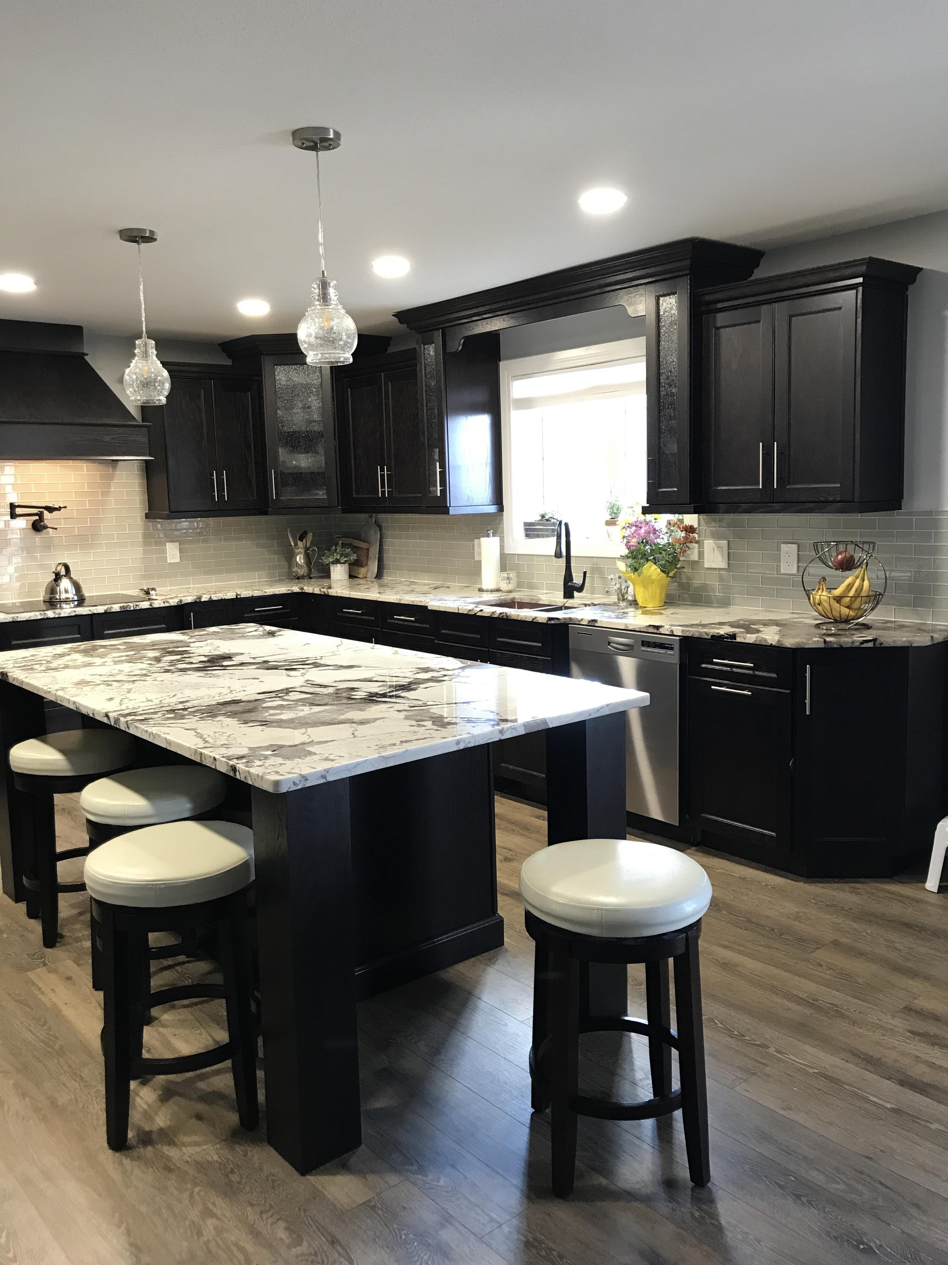 Dark Oak Kitchen In 2020 Kitchen Inspiration Design Kitchen Remodel Small Kitchen Design