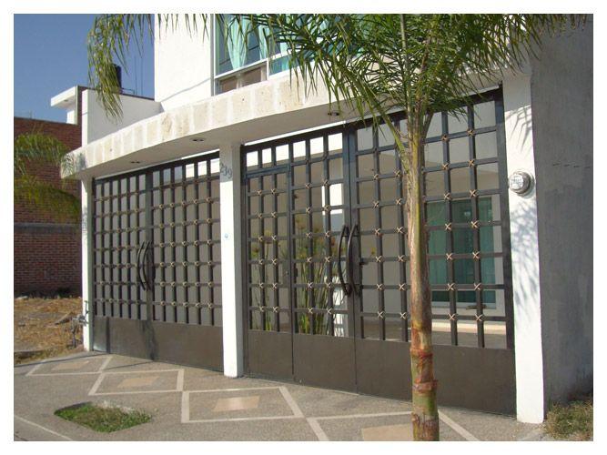 Barandales de herreria modernos omega puertas for Disenos de puertas para casas modernas