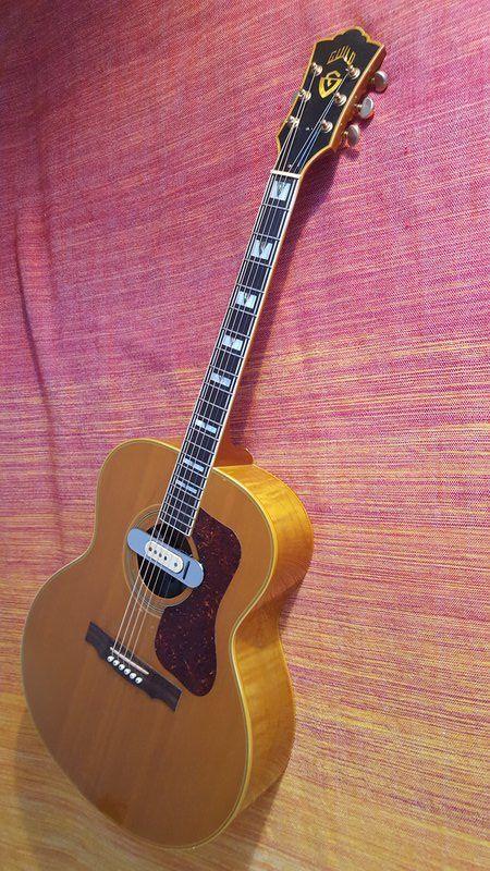 Guild F 50 W Dearmond Soundhole Pickup Guild Acoustic Guitars Guild Guitars Cool Guitar