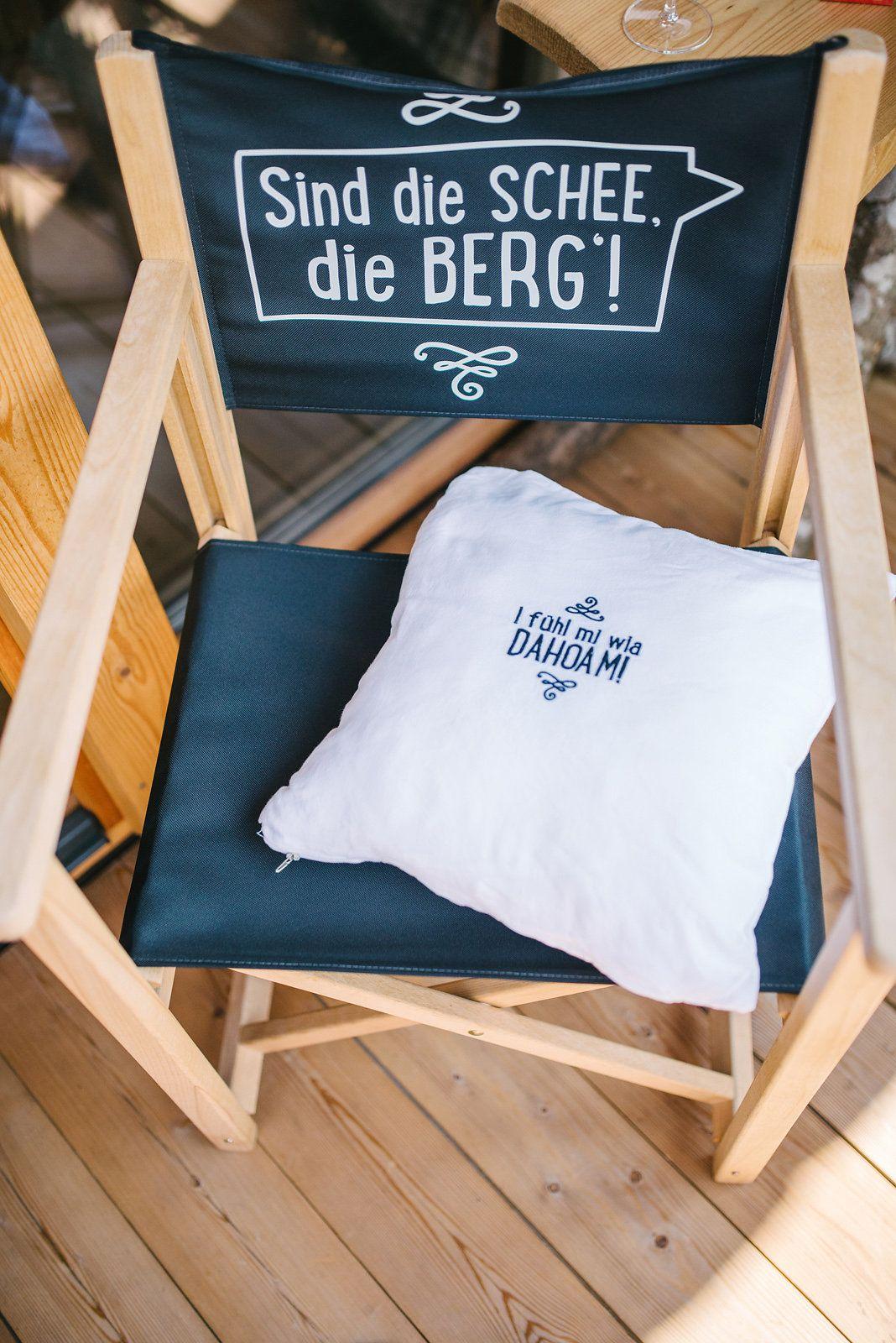 Real wedding: mountain love - Hochzeit in den Bergen Österreichs! Detail Dekoration Stuhl. // Wedding in the mountains of Austria! Detail decoration chair. www.anna-veranstaltet.de