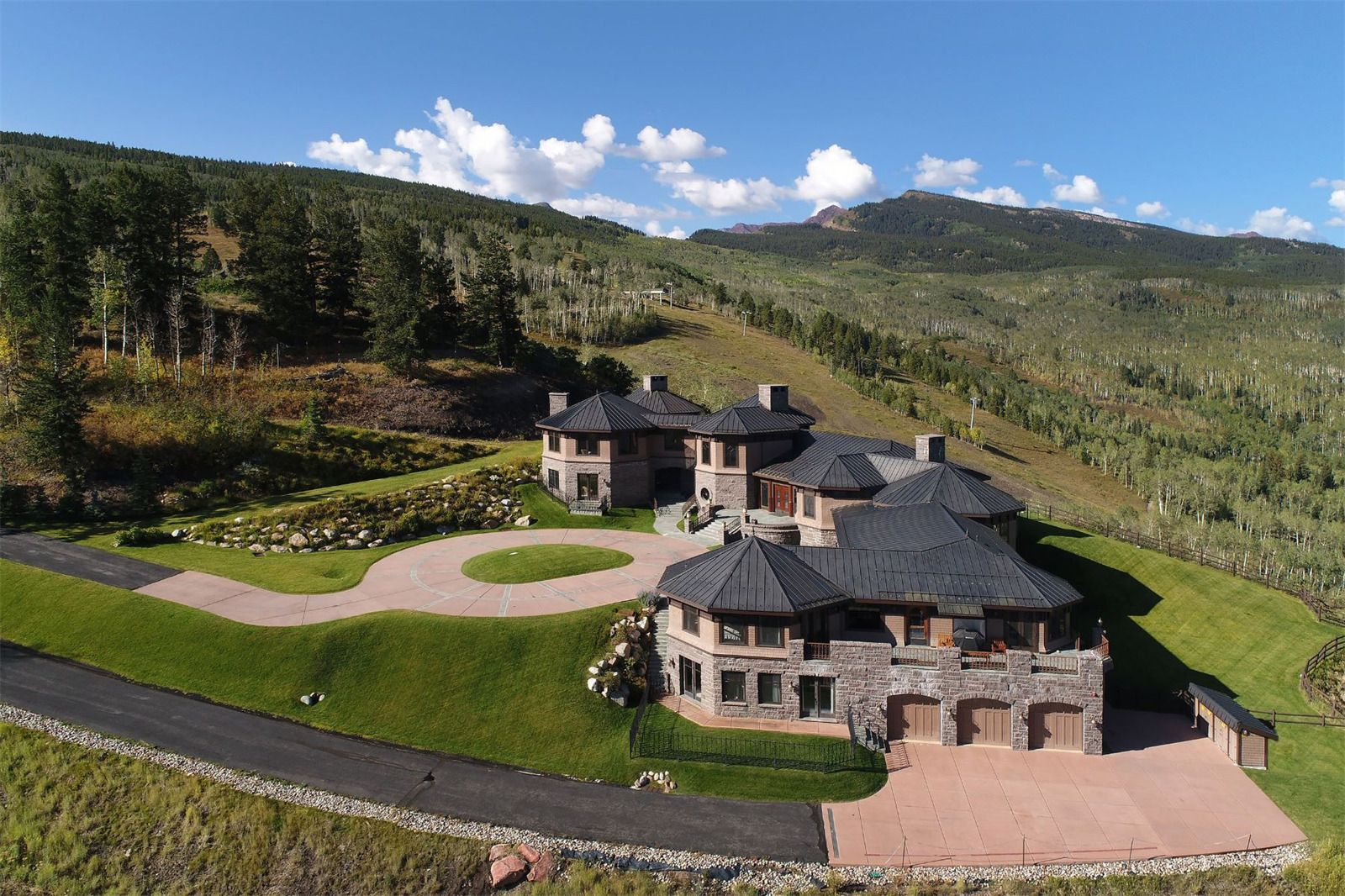 Owl Mountain Ranch Aspen Colorado Estados Unidos Casa De Lujo En Venta Luxury Homes Mansions Luxury Kitchen Island