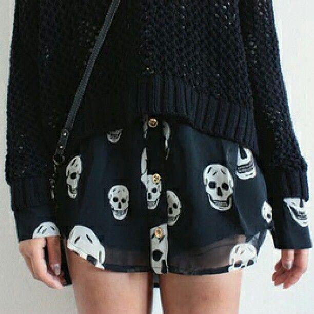 •layered skull shirt•