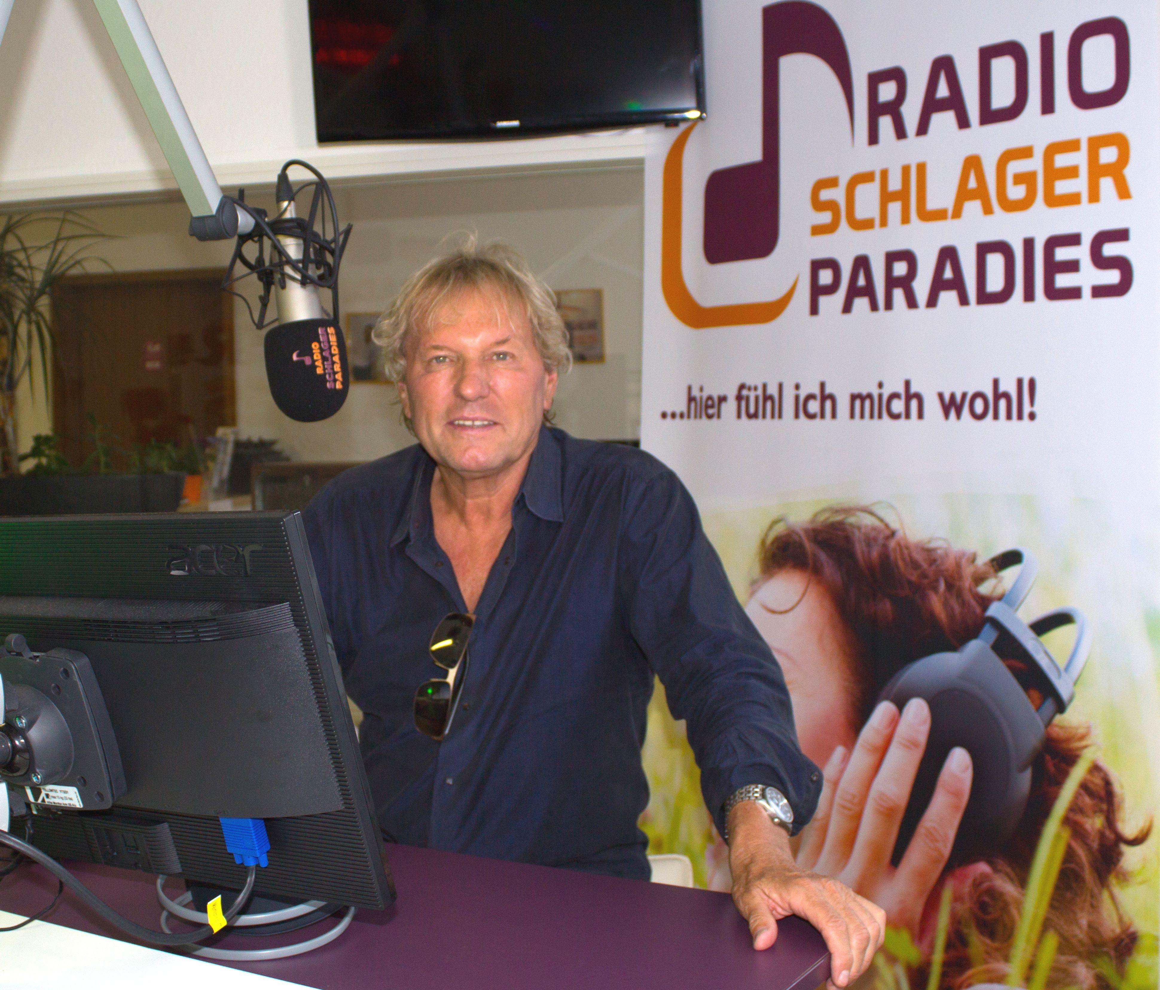 Radio Schlagerparadies Bringt Die Stars Ans Mikro Schlager De Radios Moderator Sendung