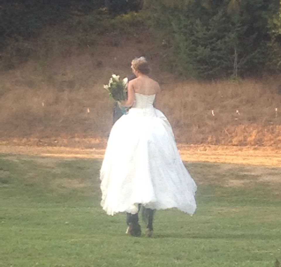 Country wedding in Oregon