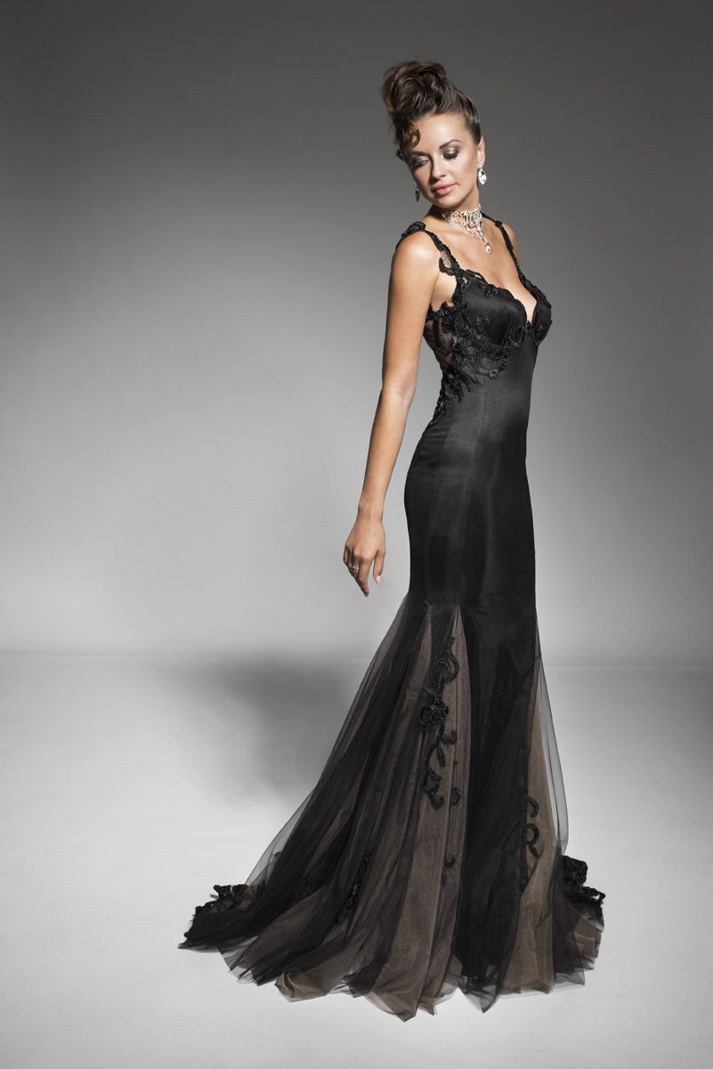Montreal Designer Women's Evening Dresses