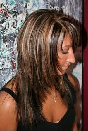 chevelure brun fonc avec m ches blondes et ch tains pour 301 450 meche. Black Bedroom Furniture Sets. Home Design Ideas