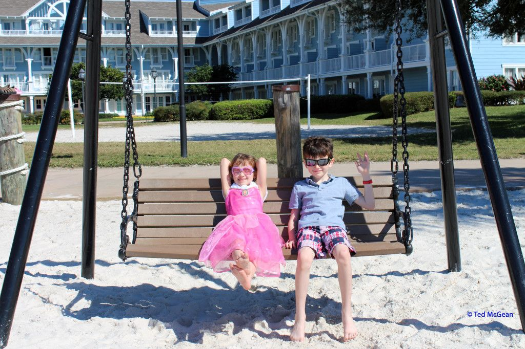 K and T on the swing in front of Disney's Beach Club Resort #BeachClub #BeachClubResort #DisneyWorld